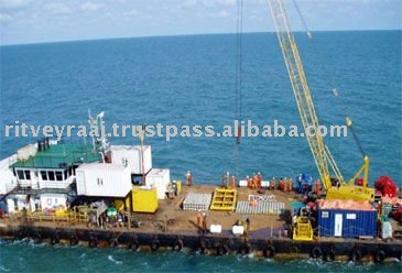 Accommodation Crane barge for charter