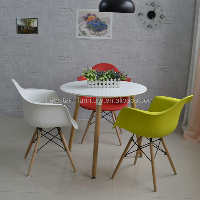 Wholesale cheap small plastic chair <strong>and</strong> round table