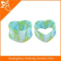 wholesale ear piercing heart shape, acrylic insect ear plug, heart shaped tunnel plugs