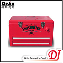 Locking blood cooler box with handle