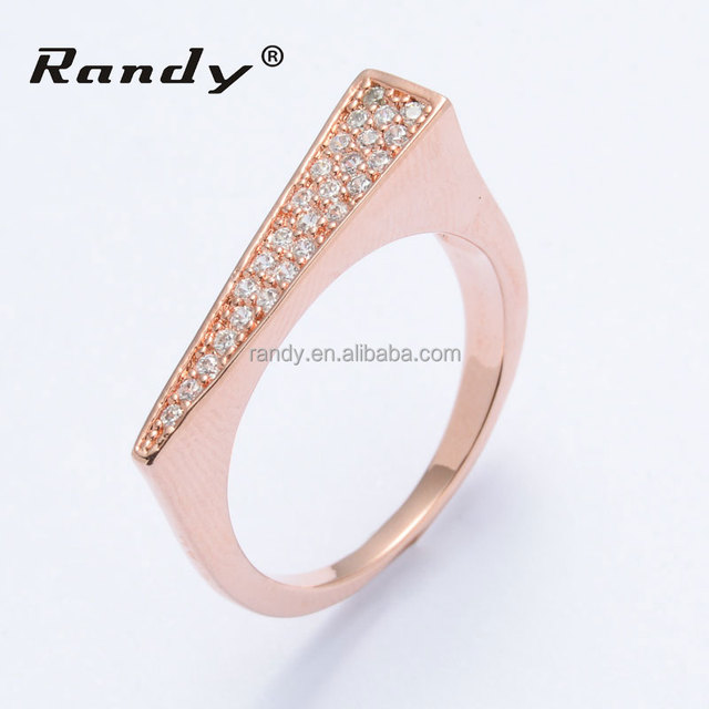 Manufacturer Supply Rose Gold D Shape Diamond Engagement Ring jewelry