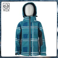 Best online shops outdoor clothing kids softshell jacket