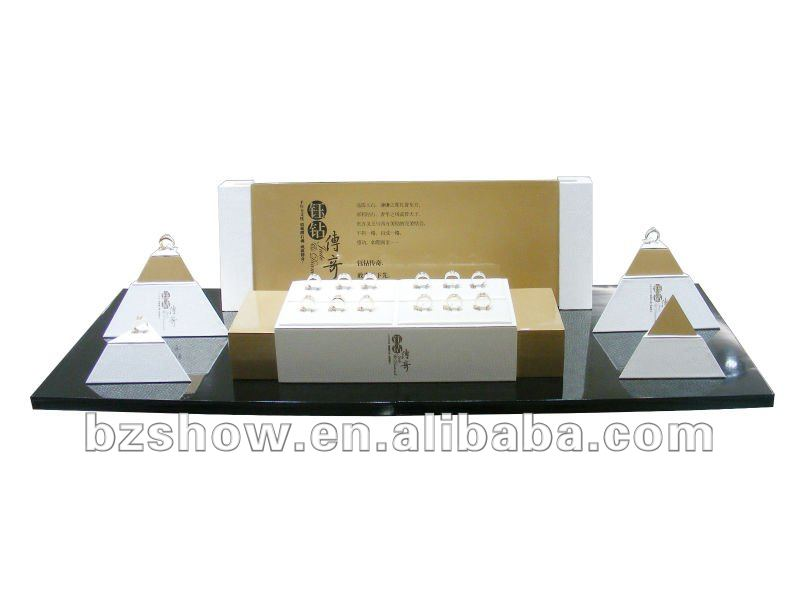 Classic Wooden Jewellery Counter Display Sets Design for Showcase