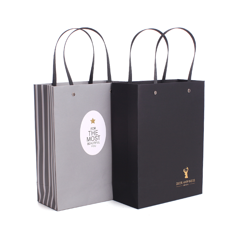 High quality black waterproof matt coated paper shopping gift bag with handle