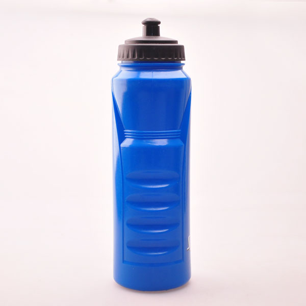 1L plastic sports drink bottles to fit bike cage/squeezable sports bottle