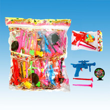 Small Toy Shooting Gun Toy with Candy