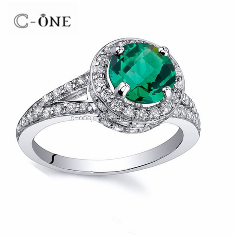 Elegance High-stand HaloJewlery Stimulated Emerald CZ Rhodium Plated Silver Engagement Rings for Women