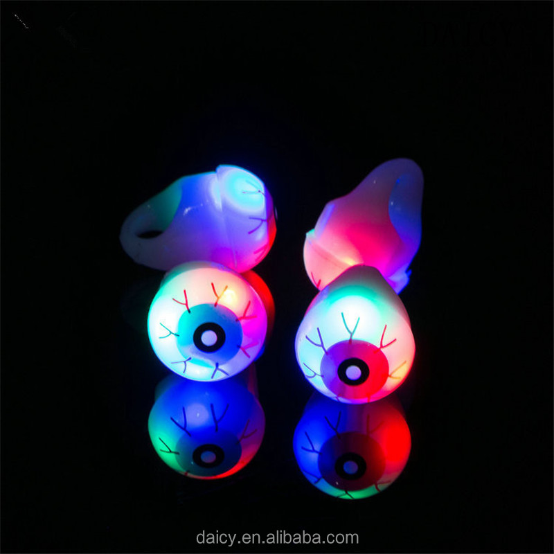 DAICY cheap wholesale unique design pub Halloween jewelry eyes led ring light