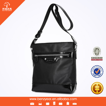 The Same Front and Back Side Black Color Waterproof Nylon Leather Messenger Bags for Men