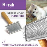 Wooden handle : perfect to remove unwanted hair for house cat