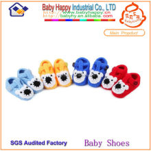 Wholesale spanish style handmade wool baby shoe