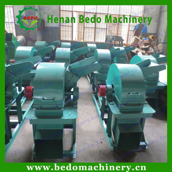 2014 the hot-selling small wood chipper shredder machine supplier 008613253417552