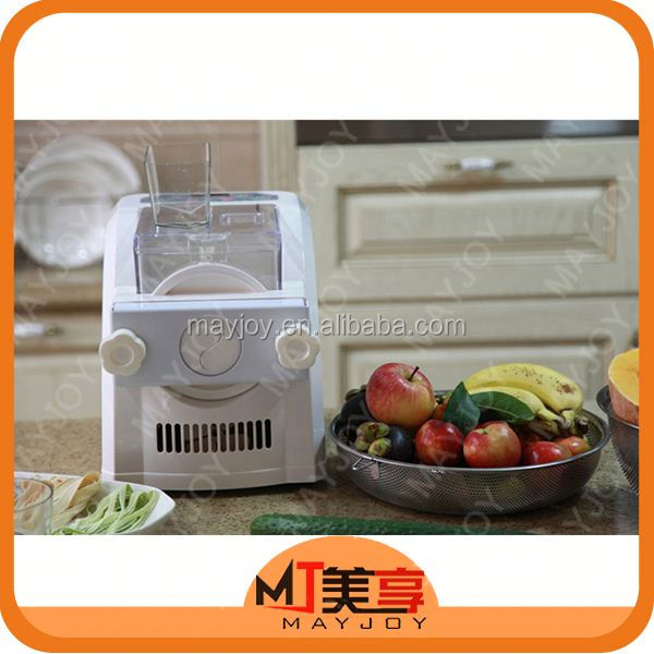 Hot mini automatic pasta kneading machine
