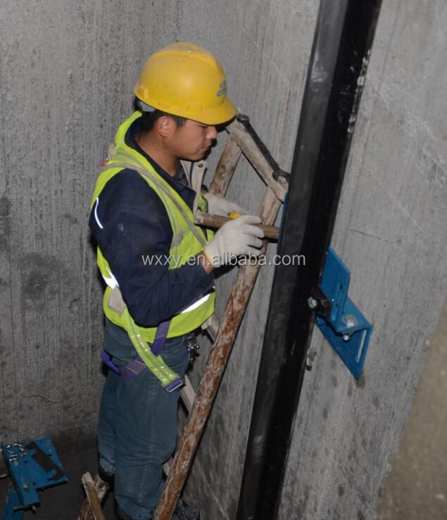 Falso coche de instalaci n de ascensor plataformas de - Precio instalacion ascensor ...
