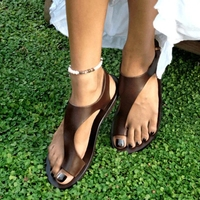 2020 new fashion Thong Sandals women Leather Sandals comfortable ladies shoes