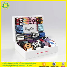 Customized fashion design wooden countertop socks display case
