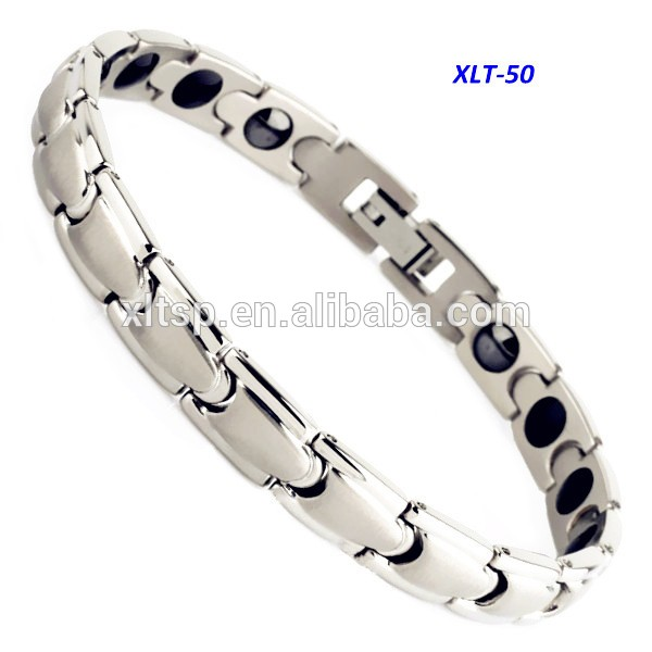 2017 hot sales Couple bracelet Charming design bio energy titanium bracelet