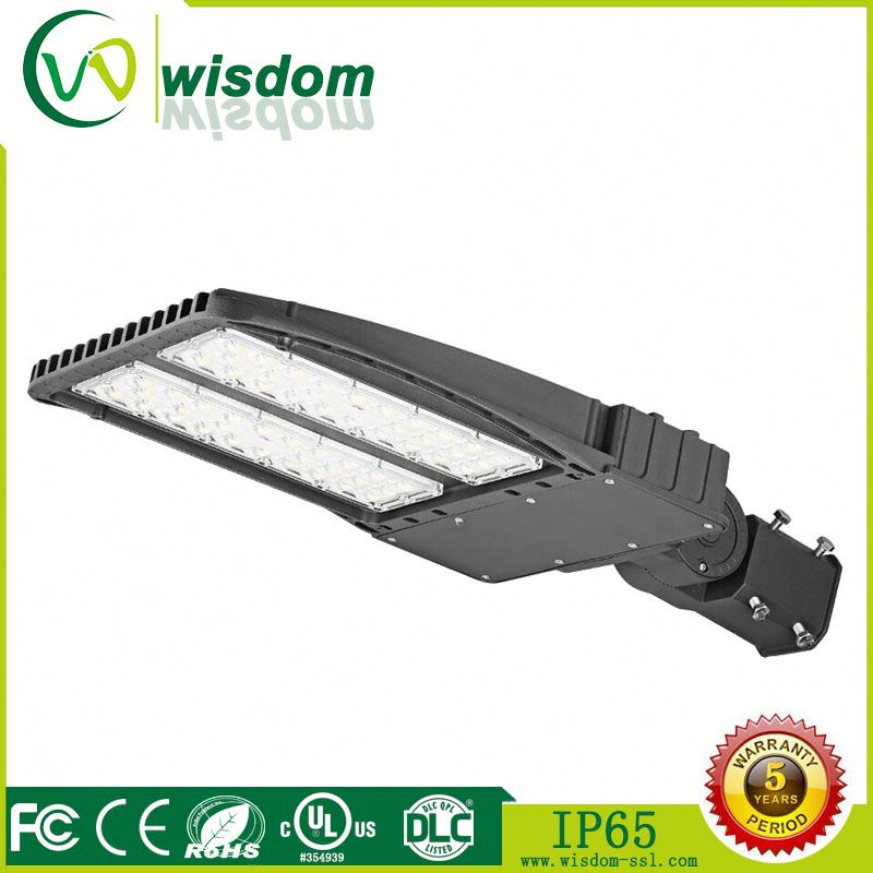 led shoebox outdoor commercial pole light weatherpoof 300W 6000K led gas station road light