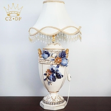 European slap-up style bedroom porcelain table lamp for wholesales