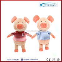 handmade cheap christmas couple pig toys