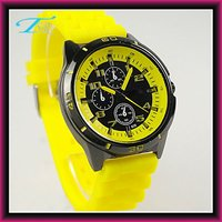 2012 cheap bag 12 watches popular hot sell in Europe market Chinese movement