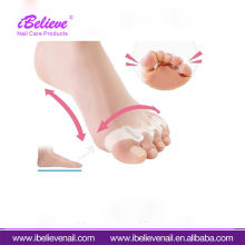 Wholeasle Price High Quality Foot Care White Color Soft Silicone Gel Toe Separator With Large Supply