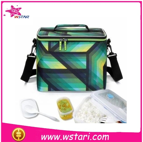 Insulated goog quality lunch cooler bag, shoulder strap refrigerator ice cooler box pack