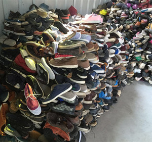 Selling Lots Of Cheap Bulk Mixed Used Shoes Wholesale Import Online