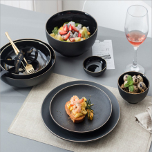 Wholesale Ceramic black Golden Rim <strong>Flat</strong> round Steak Plate dish bowl porcelain tableware