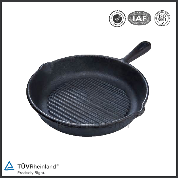 China manufacturer grilling skillet mini cast iron skillet