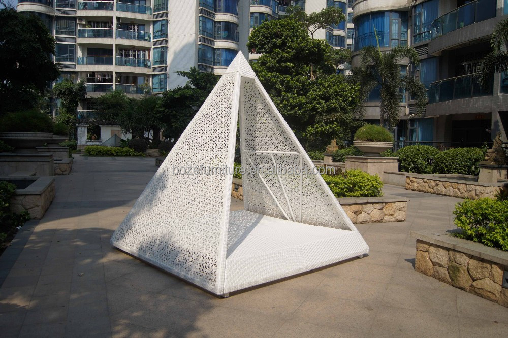 New arrival best price high quality garden rattan pyramid outdoor wicker leisure sofa bed