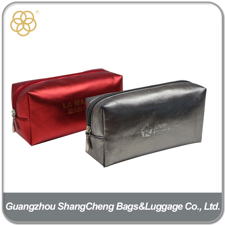 Portable PU Leather Material Men Toiletry Bag For Travel