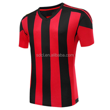 Professional design Cheap creat youth football uniform