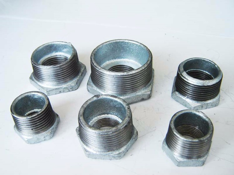 hot sale galvanized & black malleable iron pipe fittings