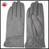 The Cheapest Women Leather Gloves Supplier