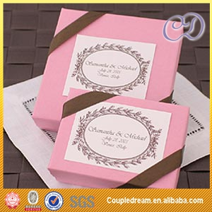 Small pink jordan almonds paper box
