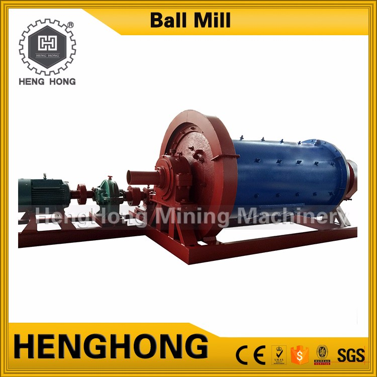 Small manufacturing machines chrome ore powder briquette machine , shaping straight centrifugal grinding powder