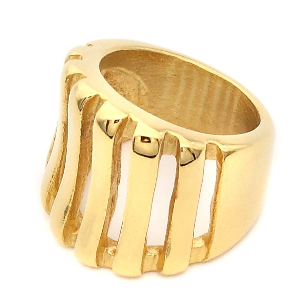 Hot sale luxury gold plated newest stripe stainless steel wedding engagement ring for men and women