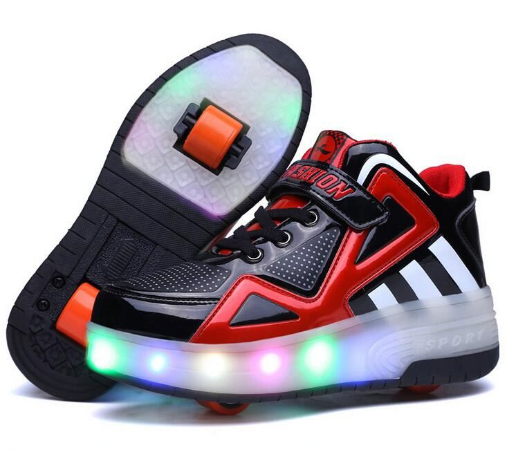 Hot sale children flashing fashion shoes kids LED light up skate roller shoes with doule wheels