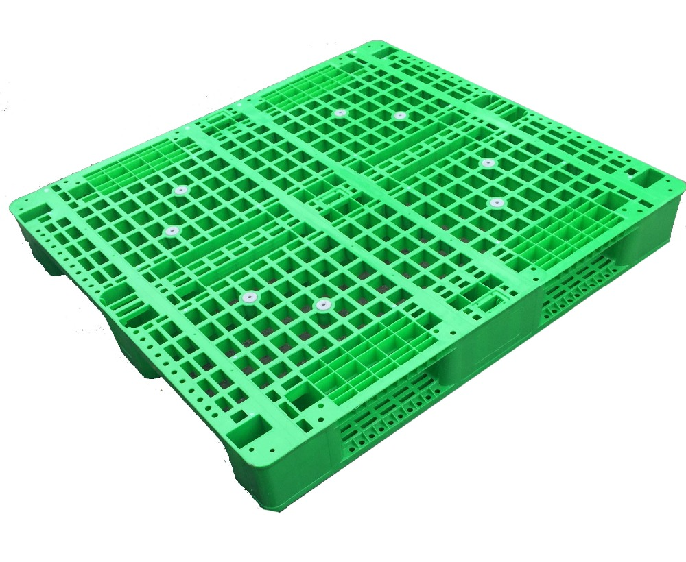 Durable HDPE plastic pallets 1200 x 1000mm