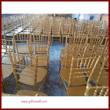Padded Wholesale Outdoor White Wooden party folding chairs for wedding wholesale
