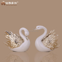 white color resin swan figurine with best quality for wedding sourvenir