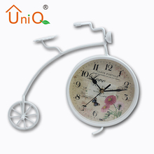Retro Metal Bike Vintage Bicycle Standing Clock Table Desk Clock