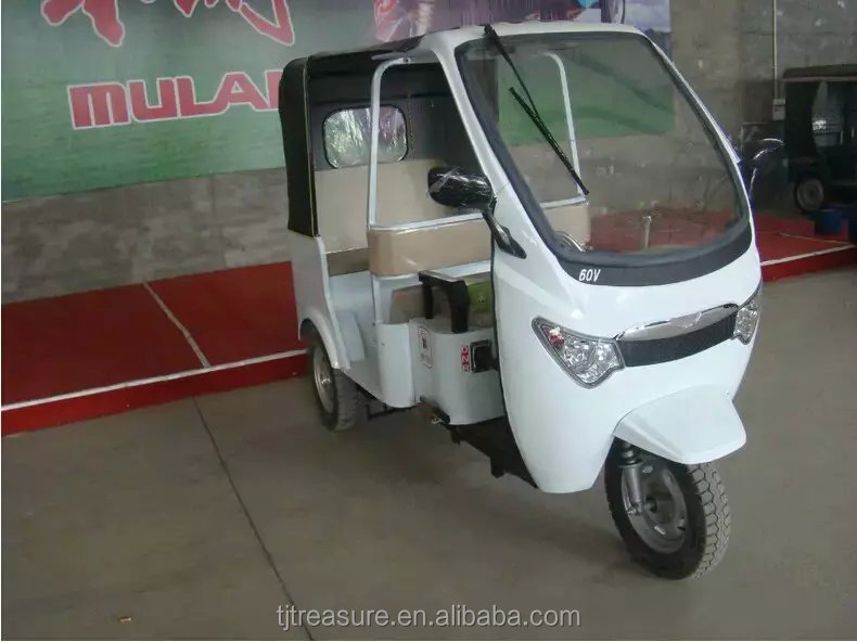 bajaj motorcycles/three wheel tuk tuk rickshaw motorcycle/three wheeler bajaj motor tricycle price