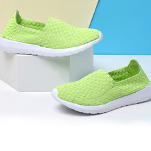 2016 Fashionable Women's Casual Woven Lazy Shoes Male Unisex Sport Lazy Casual Shoes Men Breathable Low Shoes