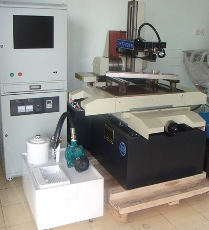 used wire straightening and cutting machine