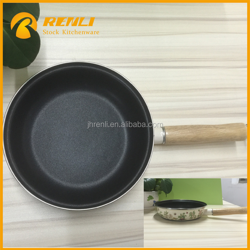 Stocklots,Cheap 20CM cast iron wooden handle enamel round cookware frying pan with flowers/china kitchen cooking pot handle