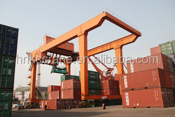 Henan Mine Crane double beam gantry crane lifting container