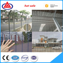 hebei customized size galvanized anti climb 358 mesh fence