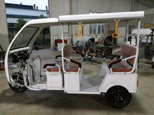 3 three wheel electric driving rickshaw bajaj E Rickshaw Driving Type and open Body Type Cheap Tuk Tuk